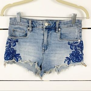 BLANKNYC Floral Embroidered Denim Shorts 25